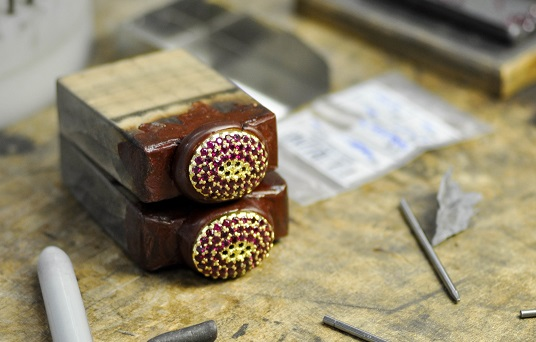 MB_Jewelry_Design-ruby-yellow_gold